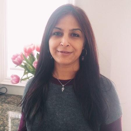 Komal Puri Business development manager at eShipper